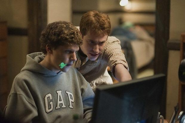 «Социальная сети», «Джобс», «Стартап.ком» и другие лучшие фильмы о зарождении социальных сетей