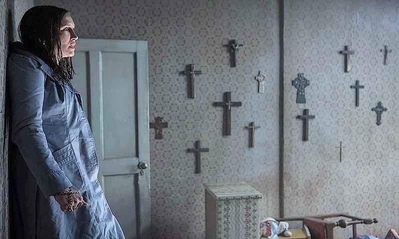 Мужчина умер после просмотра фильма ужасов «Заклятие» в Индии