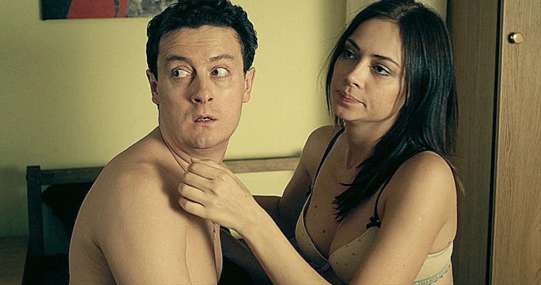 На стажировке у мамочки по сексу видео